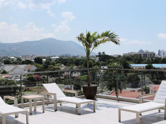 RE/MAX real estate, Jamaica, Kingston 10, SOUTH AVENUE Kingston & St. Andrew Kingston 10
