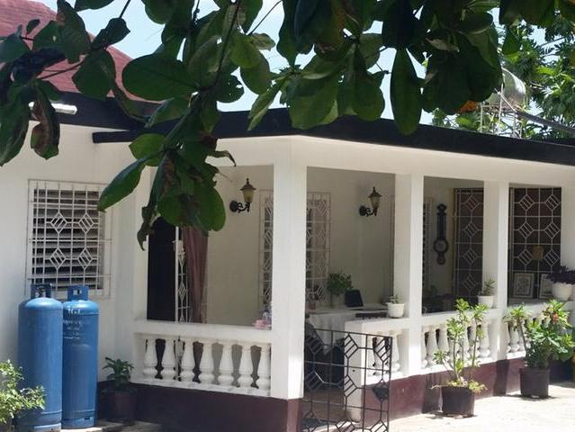 Stupendous Graham Graham Realty Jamaica Real Estate Valuation Download Free Architecture Designs Intelgarnamadebymaigaardcom