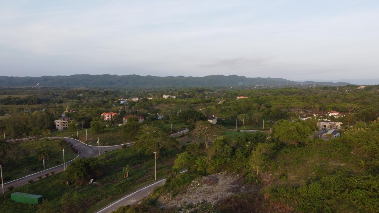 RE/MAX real estate, Jamaica, Negril, 83 NEGRIL ESTATE Westmoreland Negril