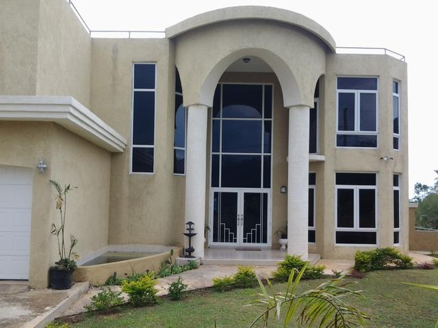 7 bedroom house for sale in santa cruz st elizabeth for 7 bedroom house for sale