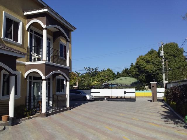 Kingston & St. Andrew, Kingston 10 image - 4