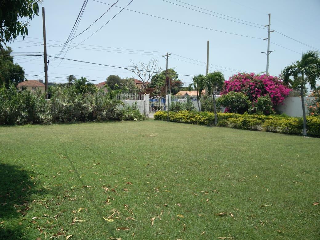 Kingston & St. Andrew, Kingston 10 image - 11
