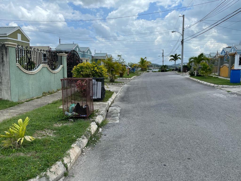 RE/MAX real estate, Jamaica, Montego Bay, MAHOGANY CRESCENT St. James Montego Bay