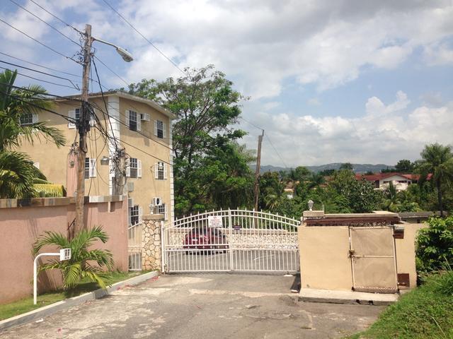 Kingston & St. Andrew, Kingston 8 image - 0
