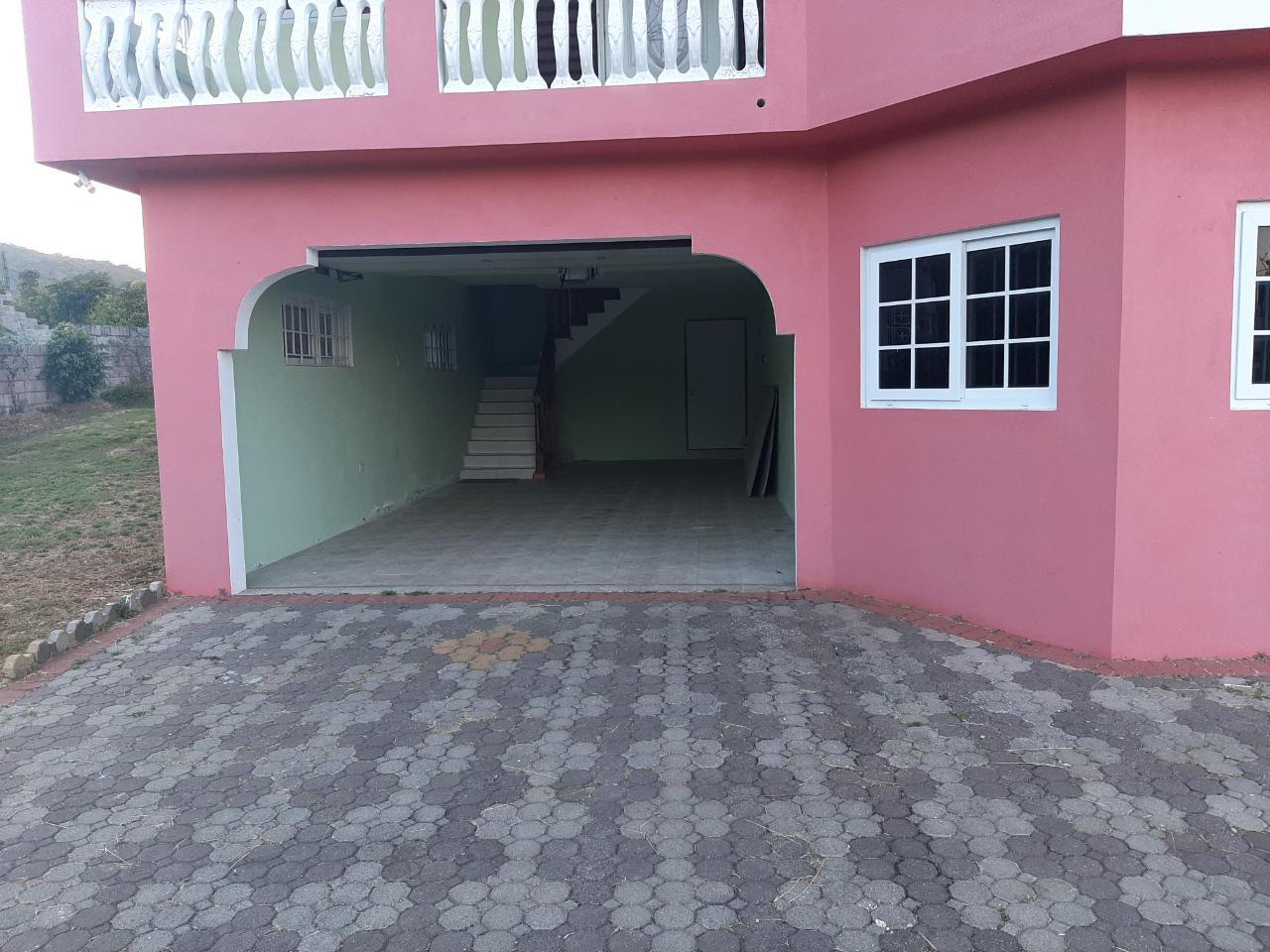 20 Bedrooms 20 Bathrooms , House for Sale in Ocho Rios , CBJR