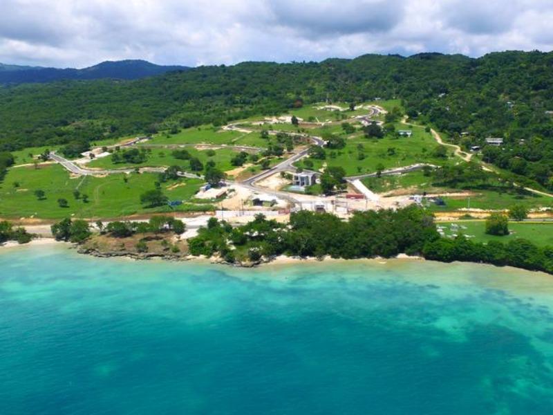 RE/MAX real estate, Jamaica, White House WD, Whitehouse Beach Club Westmoreland White House WD
