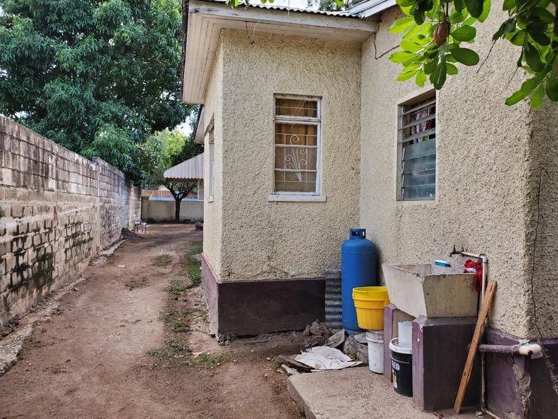 Kingston & St. Andrew, Cassia Park community , Kingston 10 image - 2