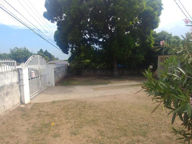 Kingston & St. Andrew, Kingston 19 image - 9