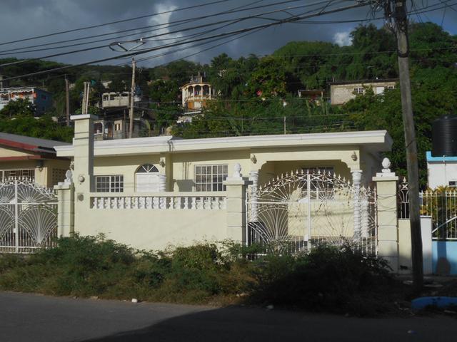 Kingston & St. Andrew, Kingston 17 image - 4
